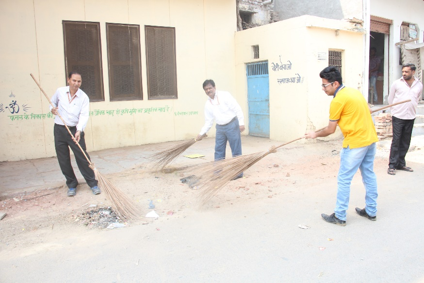 Cleanliness Activities – Mathura Refinery- March 2016